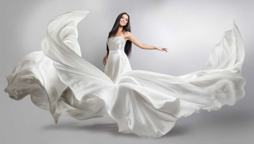 Tips to buy wedding dresses that make a statement